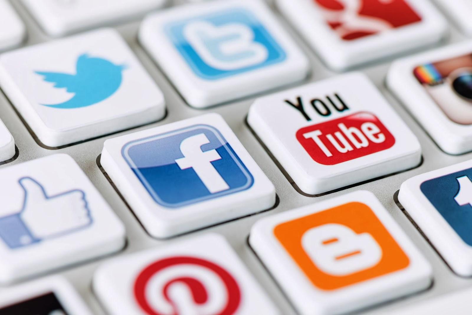 Информационный контент социальных сетей в контексте