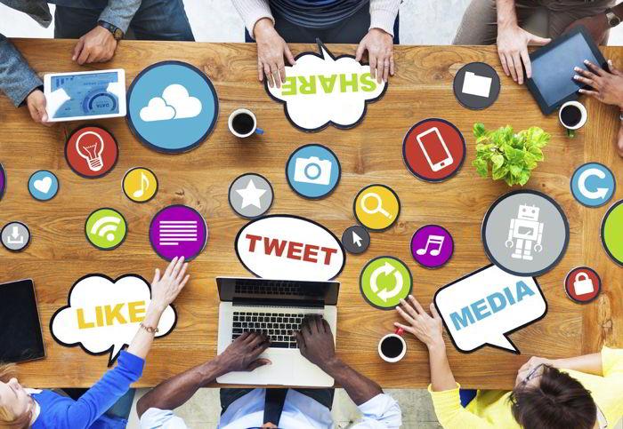 Социальные сети и работа