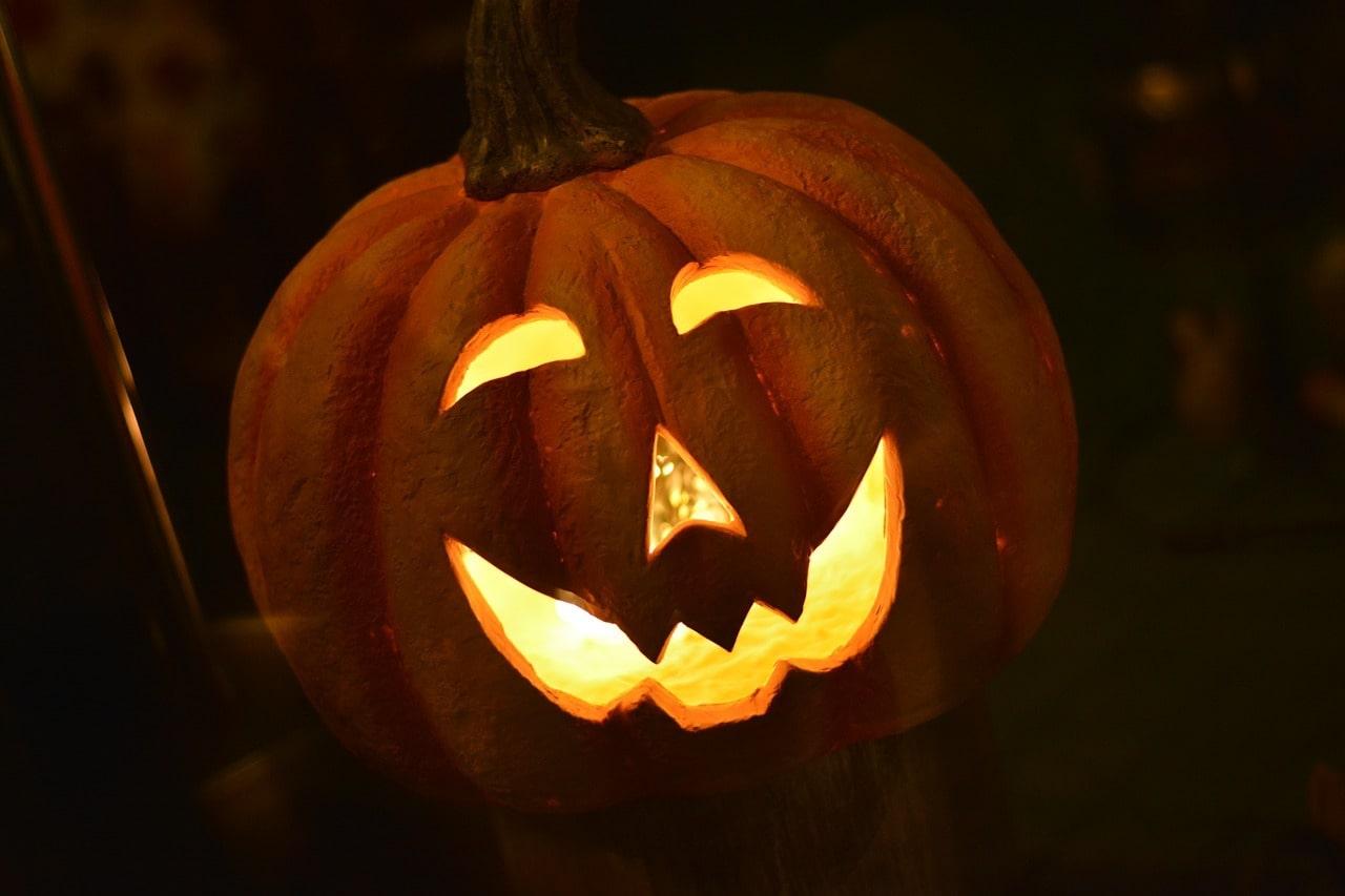 Приложение фоторедактор для Хэллоуин - Photo Lab