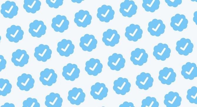 Как получить синюю галочку в Инстаграме